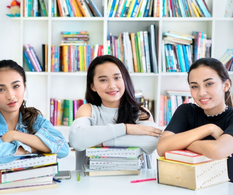 What are the Differences Between BA, BSc, and BBA Degrees?
